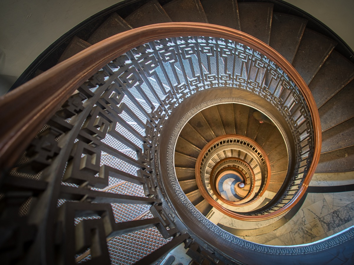 Spial Staircase Color